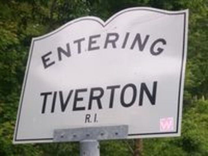 Tiverton Rejects 2A Resolution … For Now